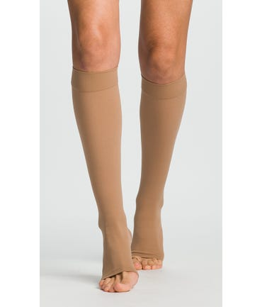 Sigvaris Essential 863C Select Comfort Knee High 30-40mmHg